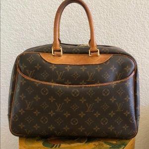 Authentic Vintage LV Deauville Handbag